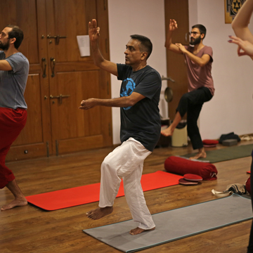 100 hours  Immersion  (2 weeks long) -  Hatha Yoga TTC &  Ashtanga Vinyasa + room & veg meals
