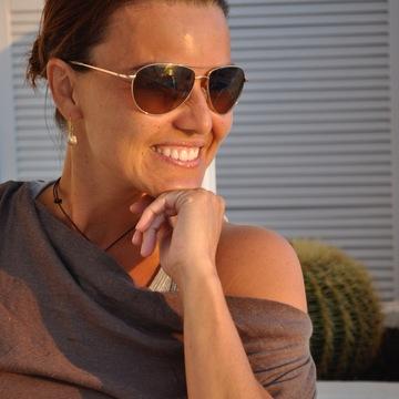 Dr. Fernanda Durlene
