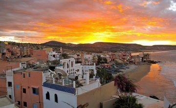 Mystical Morocco – Thai Yoga Massage, Yoga & Surfing Retreat