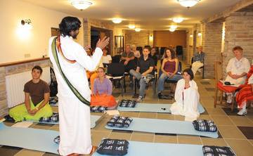 Best 200-Hour Kundalini Yoga Teacher Training in Rishikesh, India