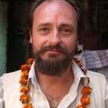 "<a href=""https://hridaya-yoga-fr.secure.retreat.guru/teacher/devidatta/"">Devidatta</a>"