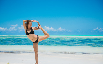 "7 Days Exclusive ""Paradise Immersion"" Raw Healing Food & Yoga Retreat in Zanzibar, Tanzania"