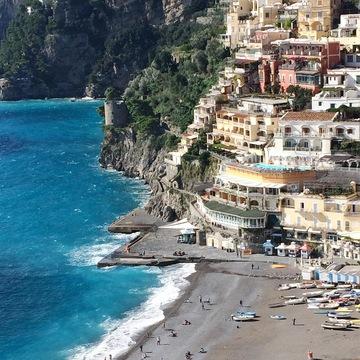 Dive Deep on the Amalfi Coast