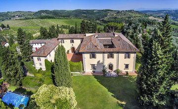 Luxury Wellness Food & Wine Tour amongst the vines of Tuscany