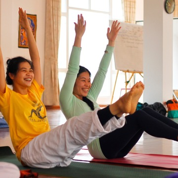 New Years Holiday Yoga Retreat with Japanese Translation 日本語通訳付き お正月ヨーガリトリート