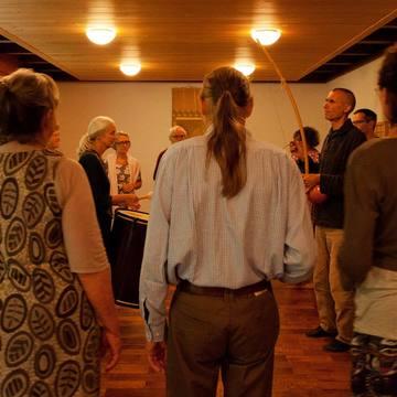 Rhythmus-Meditation: Die Kraft der Wiederholung