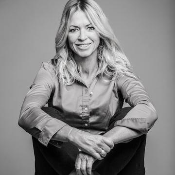 Carrie Schell