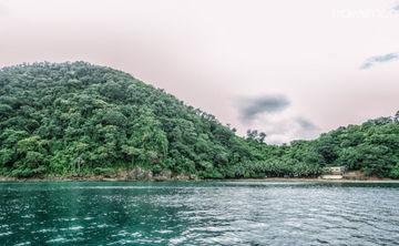 Beach yoga & meditation retreat on a private island Philippines