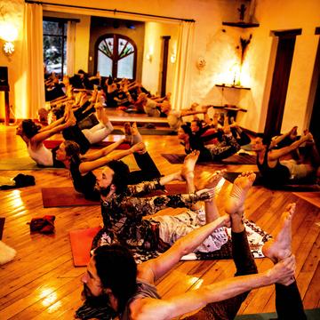 200hrs 21 Days Tantra Yoga/Shamanism Teacher Training Ecuador - April 2019