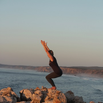 Women's wisdom Yoga & Surf retreat