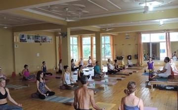 Yoga Teacher Training in Rishikesh India 2016