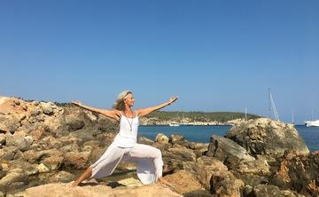 Soul Rhythm - Yoga & Drumming