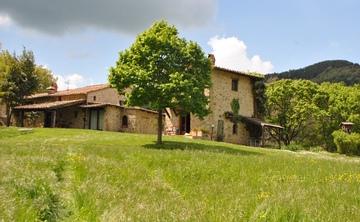Meditation, Breathwork and Yoga Retreat in Tuscany Italy