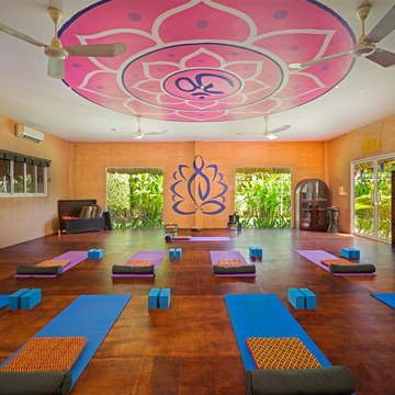 5 Days Restorative Yoga Package