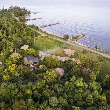 YOGA Retreat | 9 Huts on a Hill
