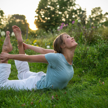 Aligning Your Spine and Mind to the Divine Using Breath & Movement