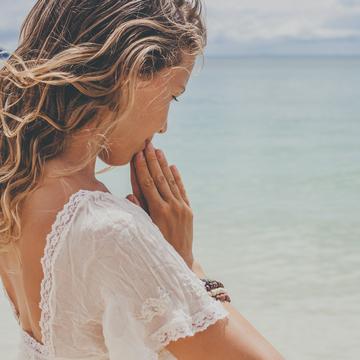 Mind Body Medicine - Holistic Yoga & Ayurveda Teacher Training 200 Hours
