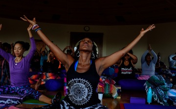 Starshine & Clay: A Yoga Retreat  for Women of Color to Be
