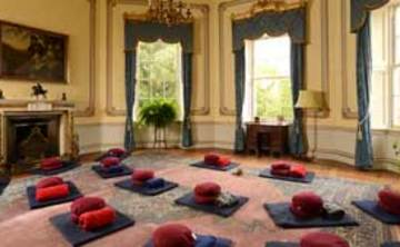 Sharpham House: Mindfulness and Yoga Retreat-(4 nights)