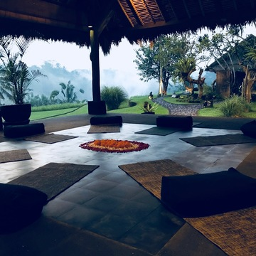 7 Days Sacred Feminine Awakening Yoga Retreat in Bali