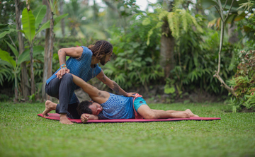 The Art of Healing Touch: Thai Yoga Massage & Fascia Universe 100hr Healing Arts Training