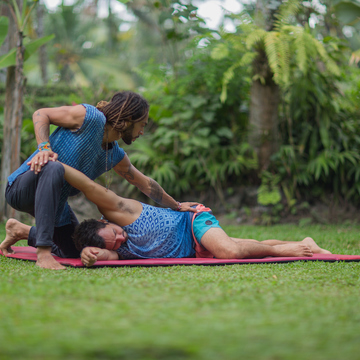 The Art of Healing Touch: Thai Yoga Massage & Fascia Universe 100hr Healing Arts Training