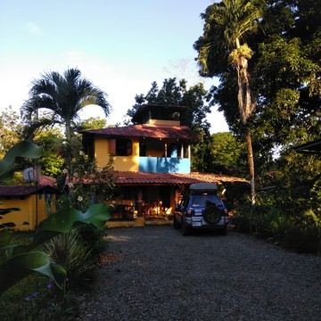 Pura Fruta Family Health and Detox Retreat