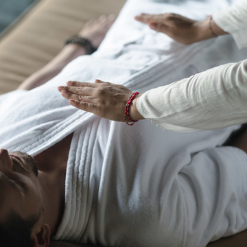 "7 Days Personalized ""Juice Fasting Detox"" & Yoga Retreat in Bali, Indonesia"