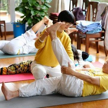 Yoga Health Intensive: Gentle Yoga For Senior