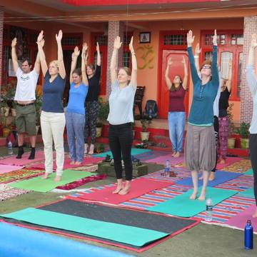 Book Yoga Meditation Retreat and Get 20% Discount