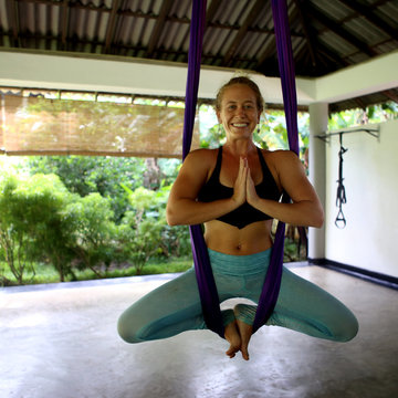200-Hour 5 Elements Vinyasa + Aerial Yoga Teacher Training Sri Lanka w/ Lindsay Nova