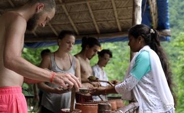 100-hour Yoga Teacher Training in Rishikesh India