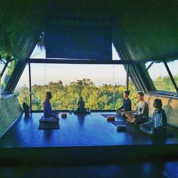 Chakra Yoga & Healing Retreat