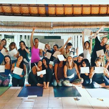 4 Days rejuvenating Yoga Baliness Yoga Retreat