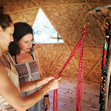 4 Days Macramé Crafts Retreat in the Spanish mountains with Kayak and Cycling