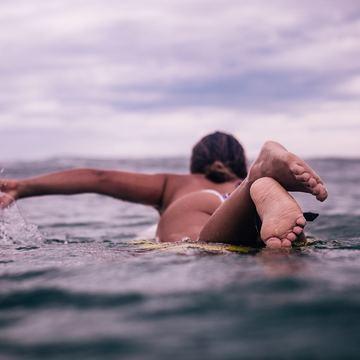 10 Night Surf & Yoga Retreat