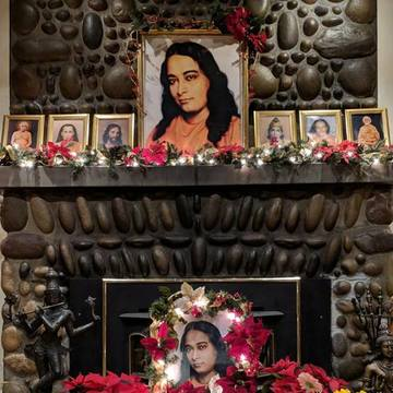 An Immersion in Divine Love – Honoring Paramahansa Yogananda