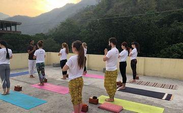200 Hour Yoga Teacher Training in Rishikesh Akshiyogashala