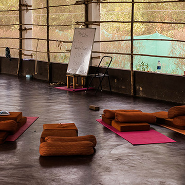 Mahi Yoga Retreat @ Holistic Training House Alghero, Italy