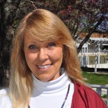 Acharya Dr. Maureen Hall