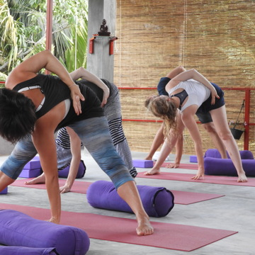 Multi style yoga retreat Sri Lanka