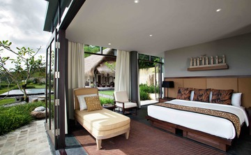 "7 Days Elite ""Divine Body"" Raw Food Detox & Yoga Retreat in Ubud, Bali"