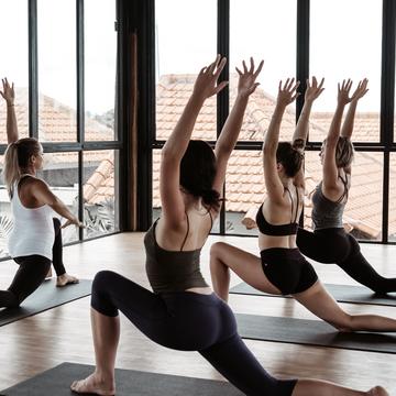 Yoga & Ayurveda Holistic Teacher Training 200 Hours