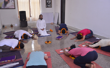 8 Days Rejuvenating Yoga and Meditation Holiday Rishikesh, India