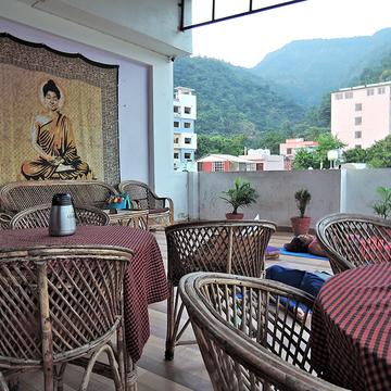 23 Days 200 Hour Transformational Meditation Teacher Training Rishikesh, India