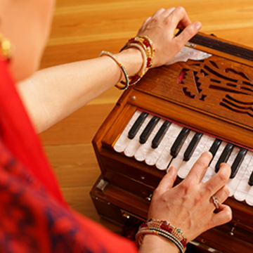 Midweek Seminar: Using Your Voice, Mantras, and Devotion