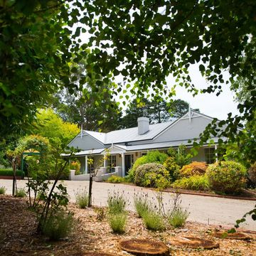 'BREATHE IN… BREATHE OUT' – Weekend Retreat, Trentham, Victoria.