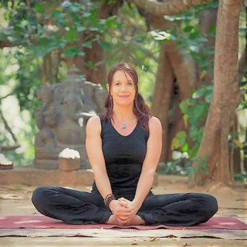 Yoga and Structural Integration Retreat with Lisa Garratt