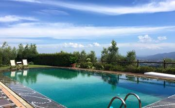 Journey to the Senses in Tuscany with Jennifer Degen + Indy Ewald