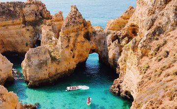Explore Portugal with Liz Frost